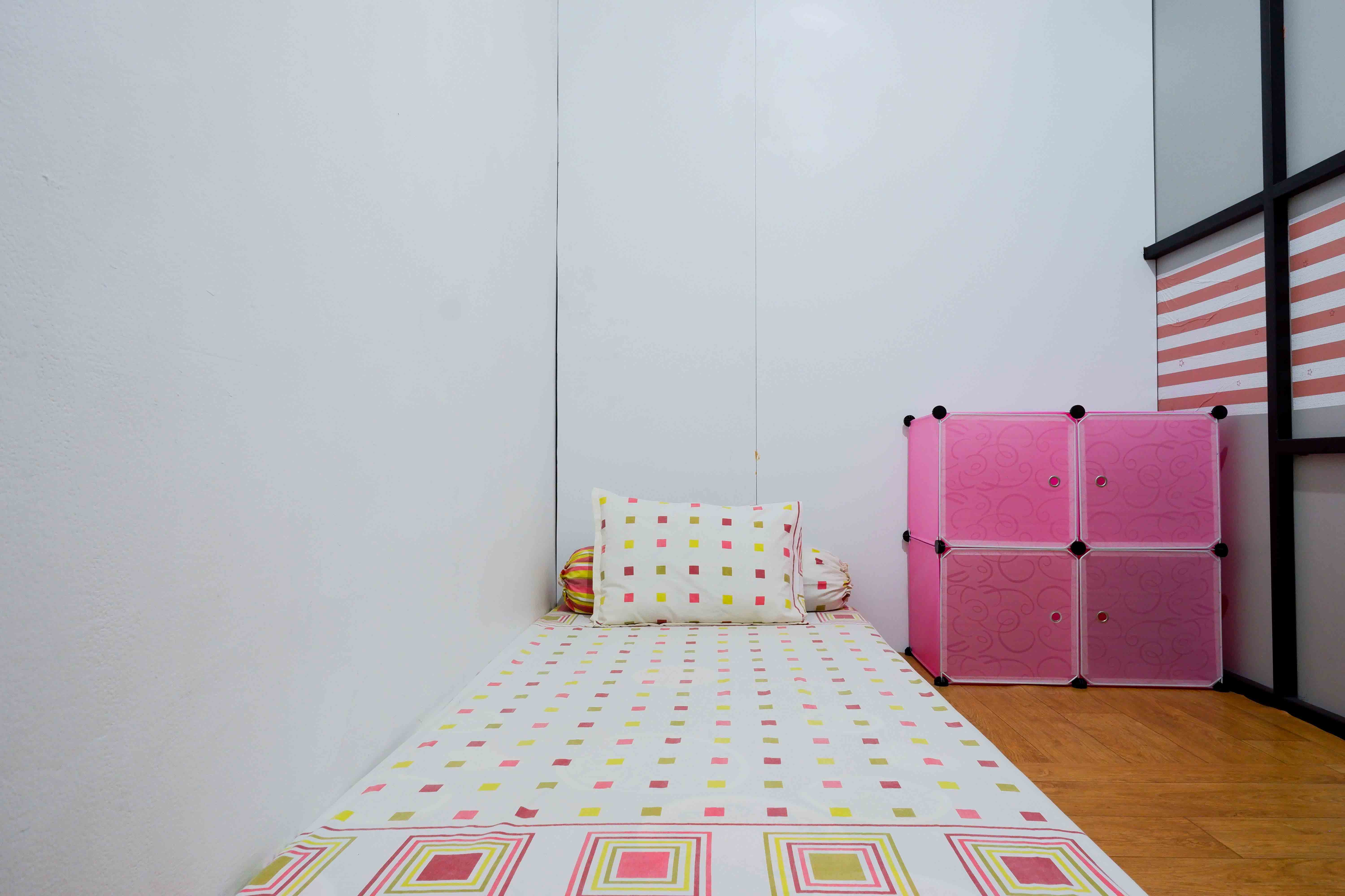 Kost Cozy Cozy Single Bed Separate Shared Bathroom A  Bedroom Kost Cakung Me