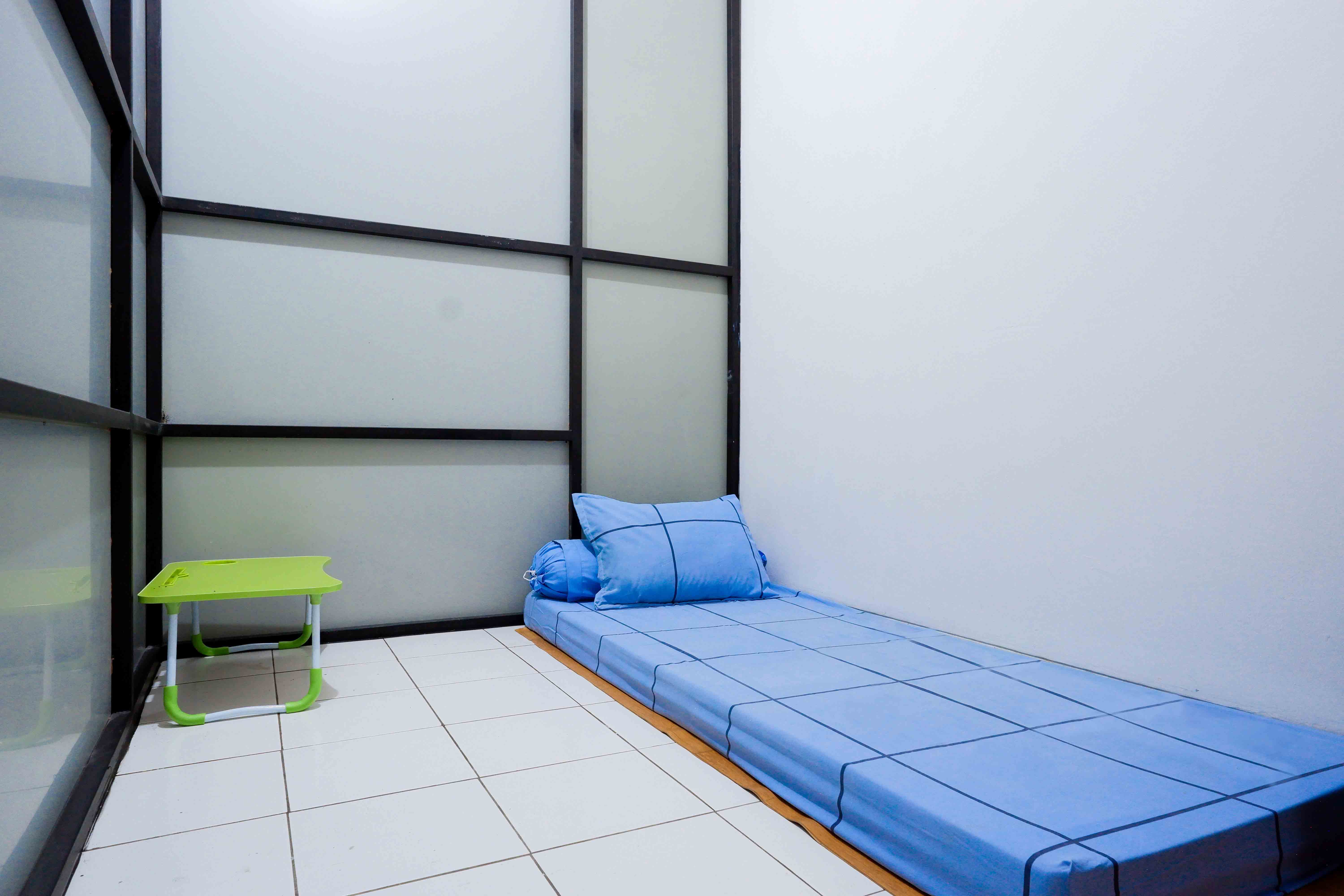 Kost Cozy Single Bed Separate Shared Bathroom B  Bedroom Kost Cakung Me  1