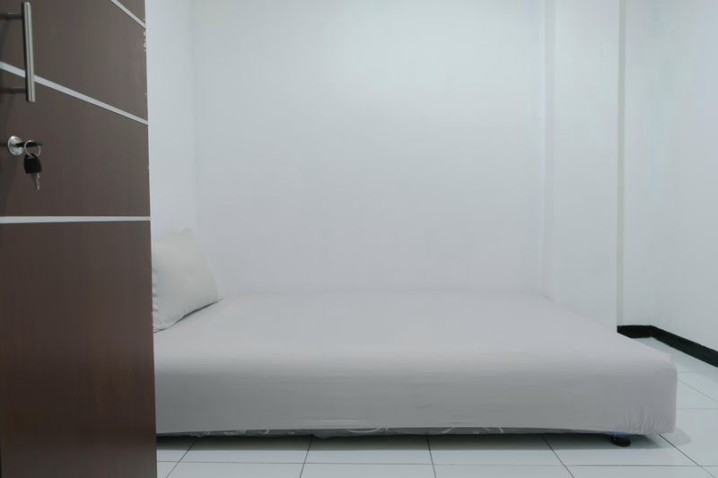 Kost Cozy Single Bed A  Bedroom Kost Antapani Black And White House 4