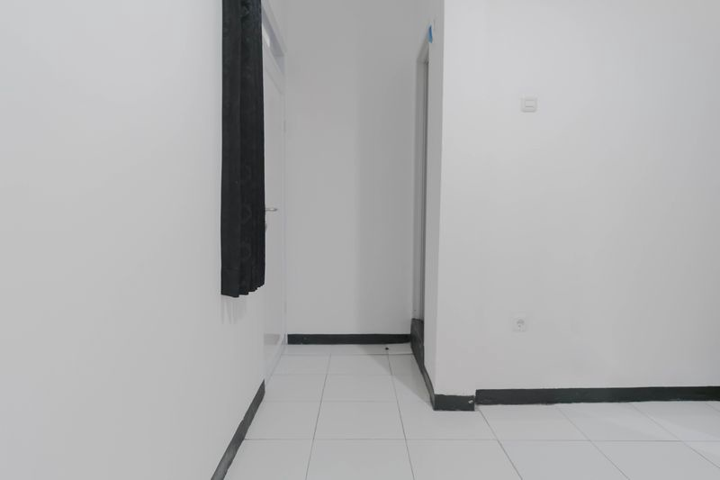 Kost Cozy Single Bed A  Bedroom Kost Antapani Black And White House 5